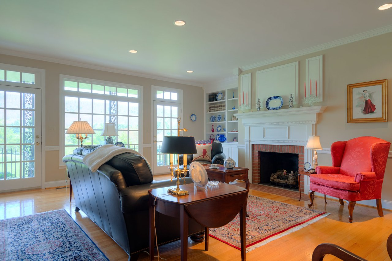 The sitting room at 2717 Eagle Drive.